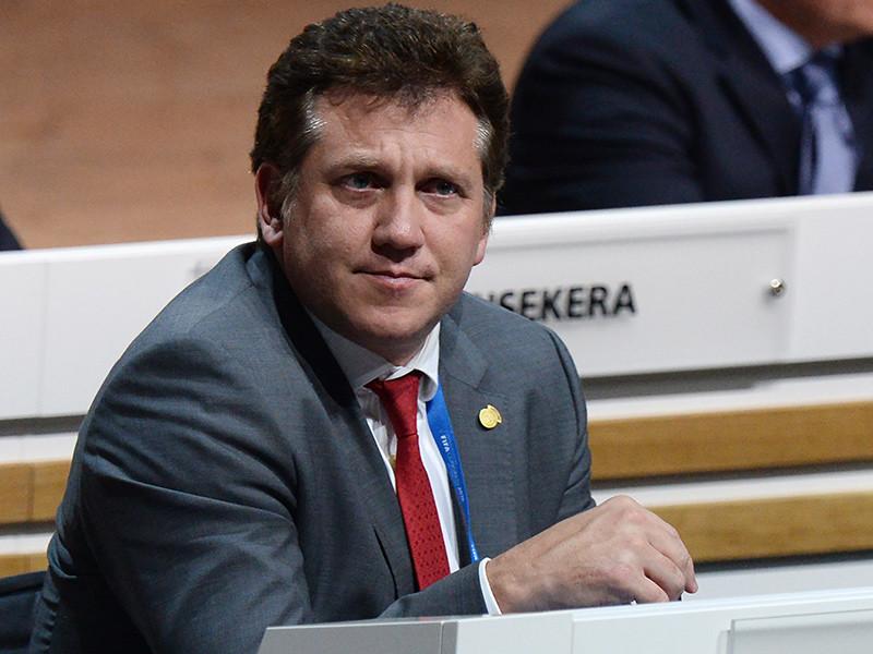 Президент Конфедерации южноамериканского футбола (КОНМЕБОЛ) Алехандро Домингес получил одобрение Союза европейских футбольных ассоциаций (УЕФА) инициативы по проведению матча между сборными-победительницами Кубка Америки и чемпионата Европы текущего года