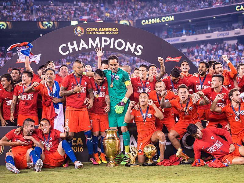 Футболисты Чили вновь обыграли Аргентину в финале Кубка Америки