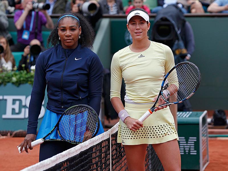 В женском одиночном разряде Открытого чемпионата Франции по теннису испанка Гарбинье Мугуруса переиграла в финале американку Серену Уильямс. Встреча завершилась за один час и 44 минуты - 7:6, 6:4