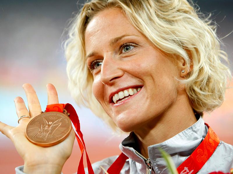 Представители Международной ассоциации легкоатлетических федераций (IAAF) попытались взять допинг-пробу у итальянской легкоатлетки Элизы Ригаудо, специализирующейся на спортивной ходьбе, во время встречи с президентом страны