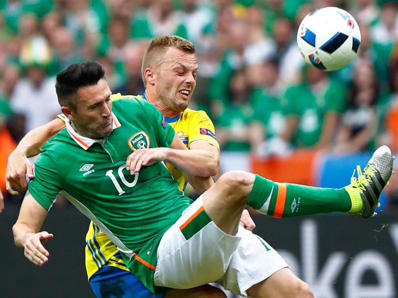 Сборная Ирландии в матче первого тура группового этапа чемпионата Европы по футболу поделила очки с национальной командой Швеции