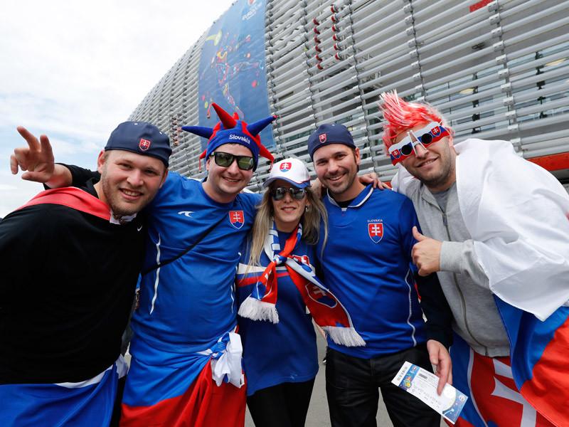 В среду матчем сборных России и Словакии во французском Лилле открывается программа второго тура группового этапа чемпионата Европы по футболу 2016 года