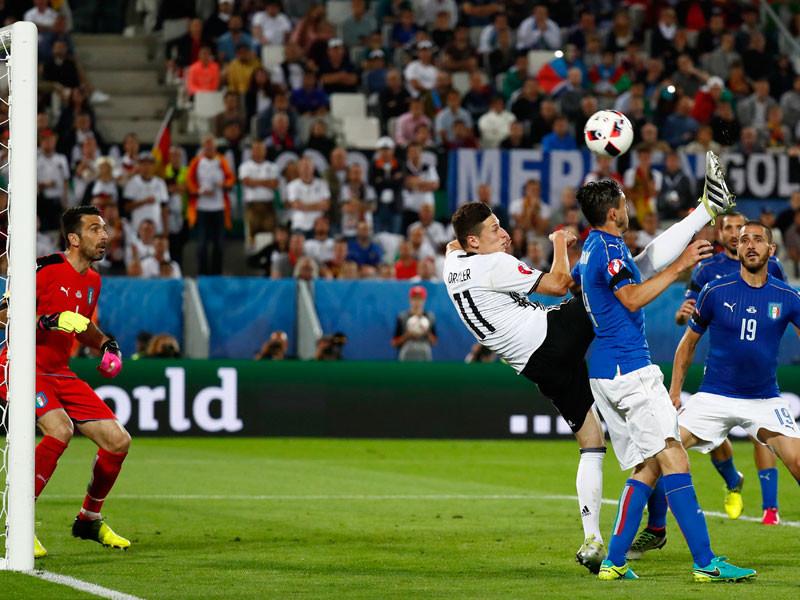 Германия по пенальти победила Италию и вышла в полуфинал
