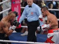 Боксер Сергей Ковалев защитил в Екатеринбурге свои чемпионские титулы