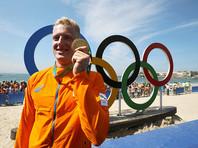 Золото в заплыв на 10 километров завоевал представитель Нидерландов Ферри Вертман, показавший результат 1 час 52 минуты 59,8 секунды