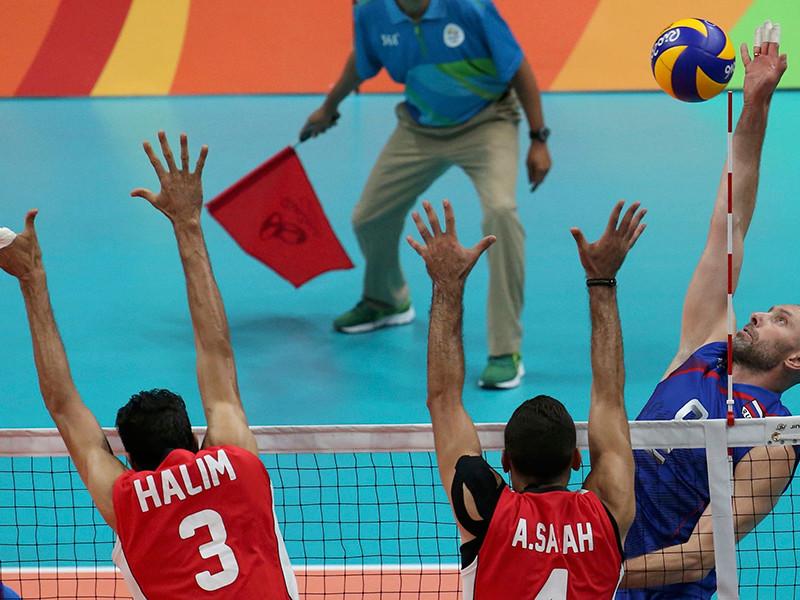 Российские волейболисты одержали вторую победу на групповом этапе олимпийского турнира в Рио-де-Жанейро, уверенно переиграв команду Египта со счетом 3-0 (25:11, 25:17, 25:9)