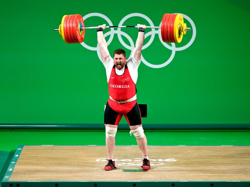 Самую тяжелую медаль Олимпиады-2016 завоевал грузин Лаша Талахадзе