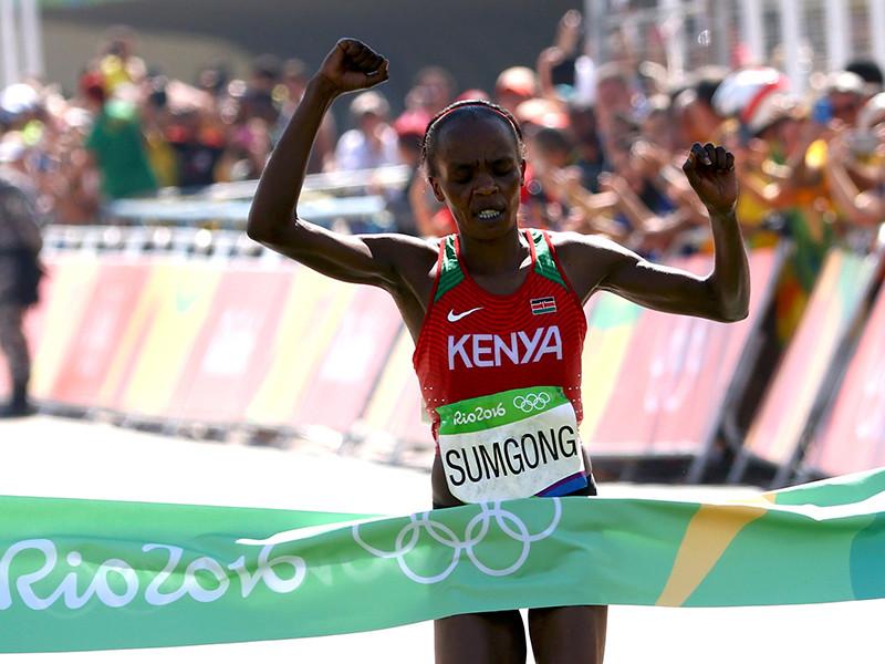 Джемина Сумсон из Кении стала победительницей марафона на Олимпийских играх в Рио-де-Жанейро