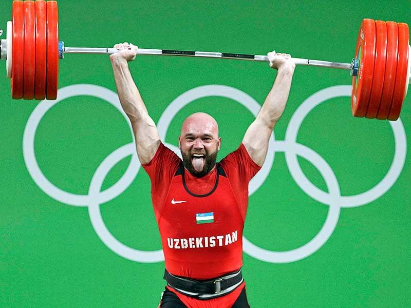 Тяжелоатлет из Узбекистана Руслан Нурудинов завоевал золото Олимпийских игр в Рио-де-Жанейро в весовой категории до 105 кг