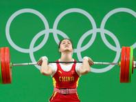Китайская штангистка выиграла золото Игр-2016 с мировым рекордом