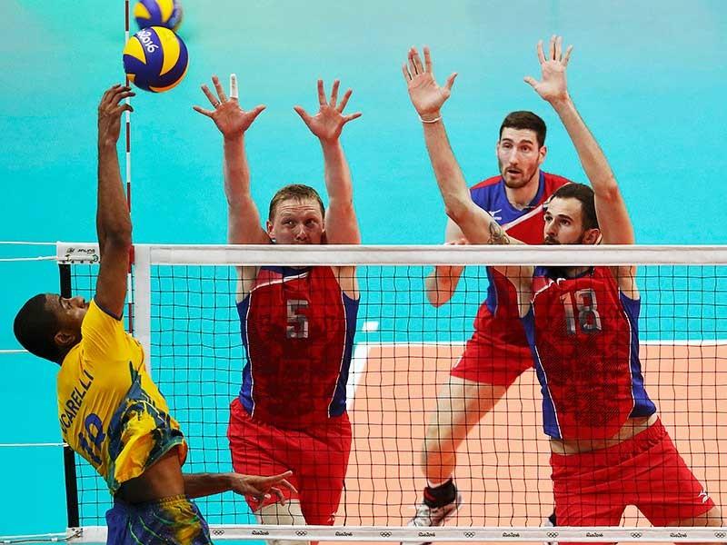 Волейболисты сборной России уступили со счетом 0:3 (21:25, 20:25, 17:25) команде Бразилии в полуфинале олимпийского турнира в Рио-де-Жанейро