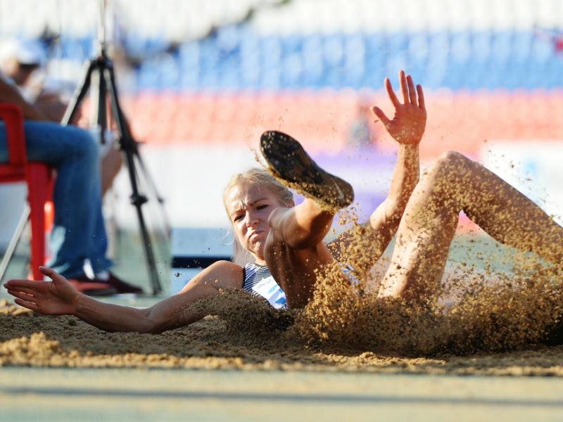 Автор фильмов о допинге в России назвал причину отстранения Клишиной