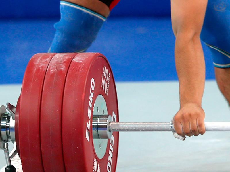 Федерацию тяжелой атлетики России ждет годичная дисквалификация