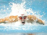 Канадский пловец перед каждым стартом показывает средний палец
