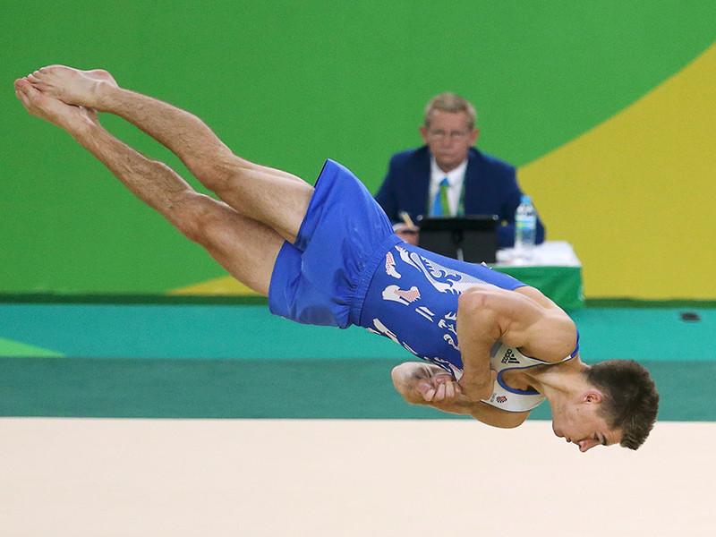 Британский гимнаст Макс Уитлок выиграл золотую медаль в вольных упражнениях на Олимпийских играх в Рио-де-Жанейро