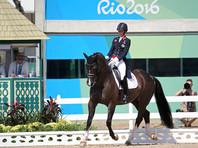 Всадница Шарлотта Дюжарден принесла Британии олимпийское золото в выездке