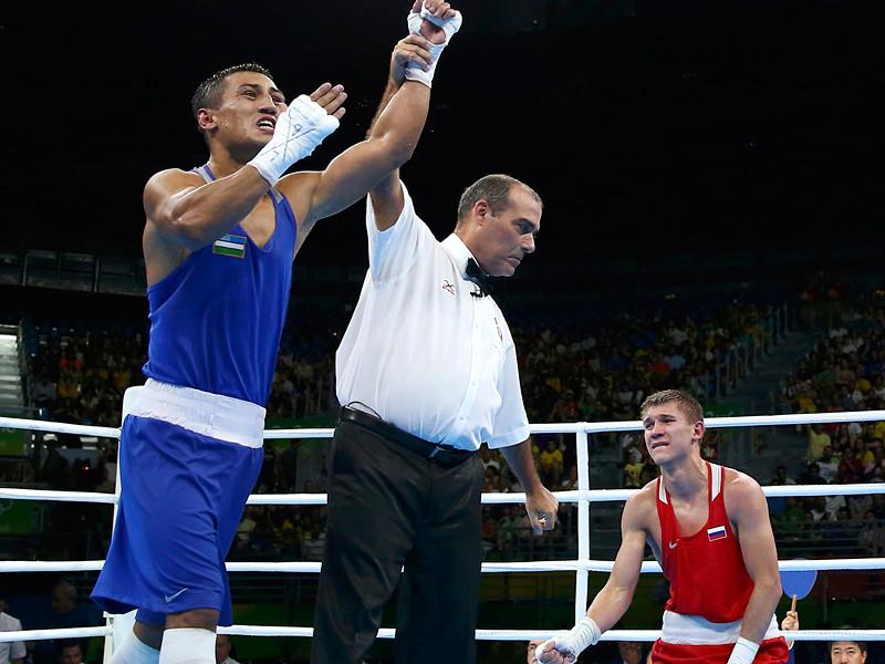 Россиянин Виталий Дунайцев завоевал бронзовую медаль олимпийского боксерского турнира в Рио-де-Жанейро в весовой категории до 64 кг