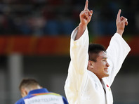 Японцы пополнили олимпийскую копилку сразу двумя золотыми медалями в дзюдо
