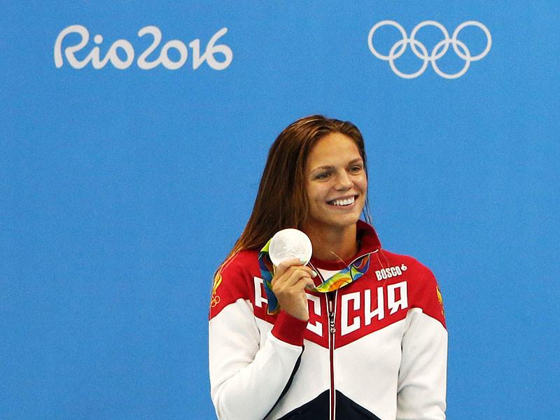 Двукратный серебряный призер Олимпийских игр в Рио-де-Жанейро по плаванию россиянка Юлия Ефимова заявила в интервью американскому телеканалу CNN, что вернется в США, потому что там жизнь намного легче, чем в России