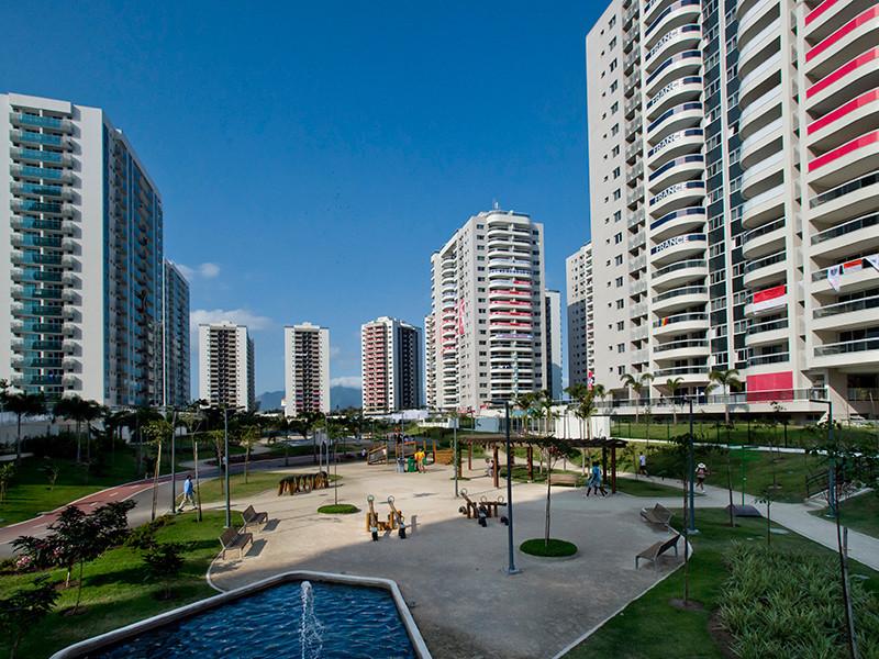 На Играх в Рио-де-Жанейро по подозрению в сексуальных домогательствах к обслуживающему персоналу арестован знаменосец олимпийской сборной Намибии боксер Джонас Джуниус