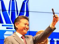 Глава ФИДЕ Кирсан Илюмжинов предложил работу президенту США