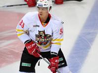 Китайскому хоккеисту впервые удалось отличиться в чемпионате КХЛ