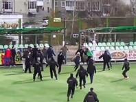 Во Владимире футбольные фанаты устроили побоище прямо на поле