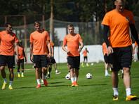 """Игроки """"Урала"""" сыграют в футбол с повязками на глазах"""