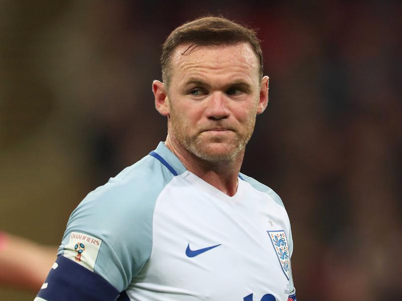 Уэйна Руни исключили из сборной Англии за пьянство