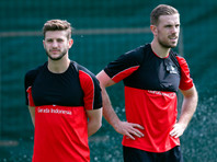 Английским футболистам простили поход в стрип-клуб перед матчем с испанцами