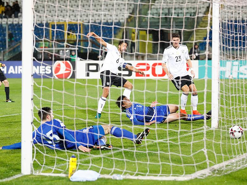 Правительство карликового европейского государства Сан-Марино ждет официальных извинений от Германии после матча отборочного раунда чемпионата мира 2018 года