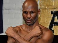 Самый возрастной чемпион мира в истории бокса завершил карьеру поражением