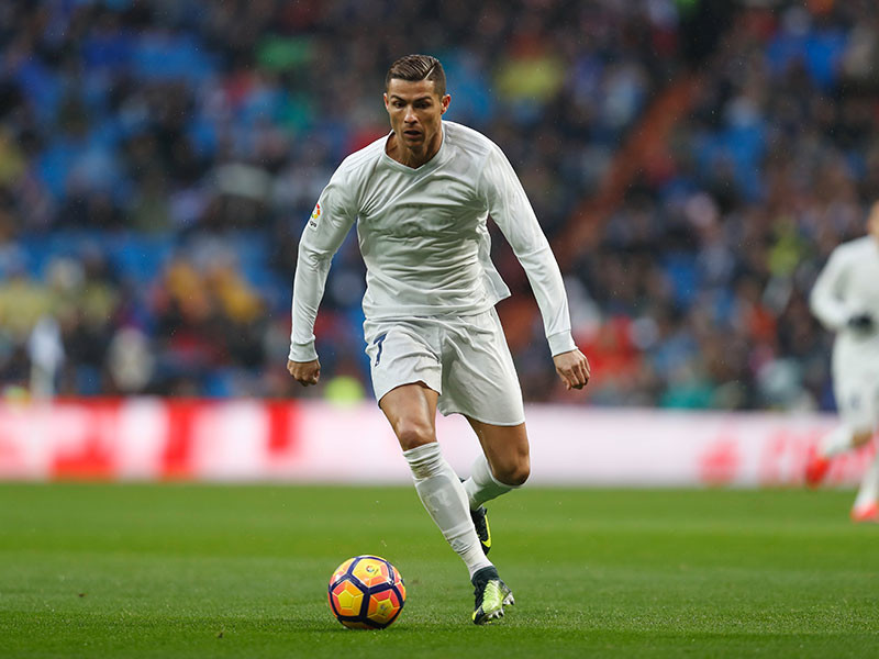 """Нападающий мадридского """"Реала"""" и сборной Португалии Криштиану Роналду подозревается в сокрытии налогов на общую сумму в 150 миллионов евро"""