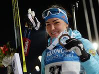 Биатлонистка Татьяна Акимова сенсационно выиграла спринт на этапе Кубка мира