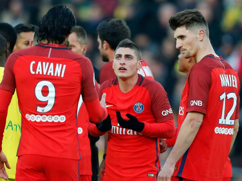 Во Франции футболист получил желтую карточку за нелепый пас вратарю
