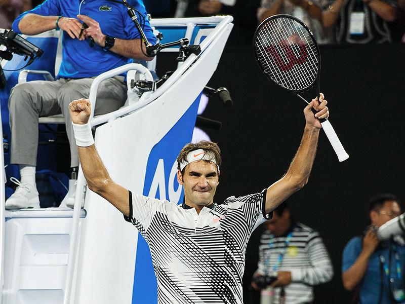 Швейцарец Роджер Федерер пробился в полуфинал первого в нынешнем сезоне теннисного турнира Большого шлема - Открытого чемпионата Австралии