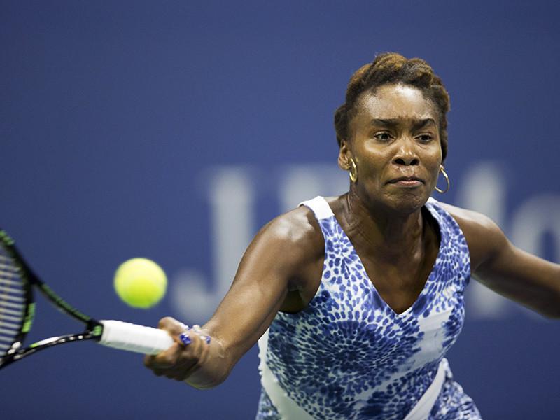 """""""Соперница не подала первым мячом, и Винус полностью ее подавила. Вы видите, как Винус на приеме включает эффект гориллы"""", - сказал в эфире 58-летний знаток тенниса"""