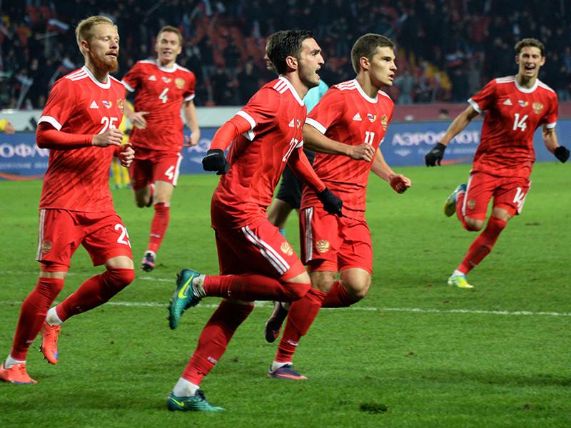 Сборная России занимает 56-е место в рейтинге Международной федерации футбола (ФИФА), обновленная версия которого была опубликована в четверг. Это самый низкий показатель для отечественной сборной за всю ее историю