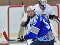 Плющенко-хоккеист забросил две шайбы в матче Ночной лиги