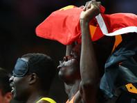 В Анголе перед футбольным матчем в давке погибло 17 человек, но игру не отменили