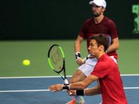 Российские теннисисты уступили сербам в матче Кубка Дэвиса