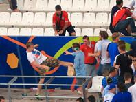 Напомним, что летом прошлого года во время Евро-2016 во французском Марселе происходили неоднократные столкновения российских и английских фанатов