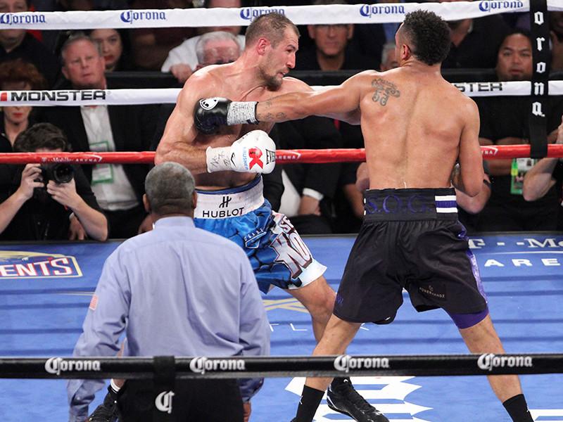 Бой-реванш между российским боксером Сергеем Ковалевым и американцем Андре Уордом может состояться 17 июня в Лас-Вегасе
