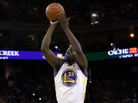 """Нападающий клуба """"Голден Стэйт"""" Дрэймонд Грин стал первым в Национальной баскетбольной ассоциации игроком, кто умудрился сделать трипл-дабл, не набрав при этом десяти очков"""