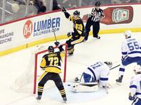 Евгений Малкин забросил две шайбы в своей 700-й игре в НХЛ