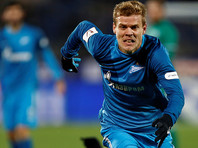 Футболиста Кокорина задержали в Москве за езду по встречке на Bentley