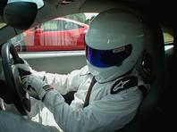 Пилот шоу Top Gear разогнал аттракционный автомобиль до ста миль в час