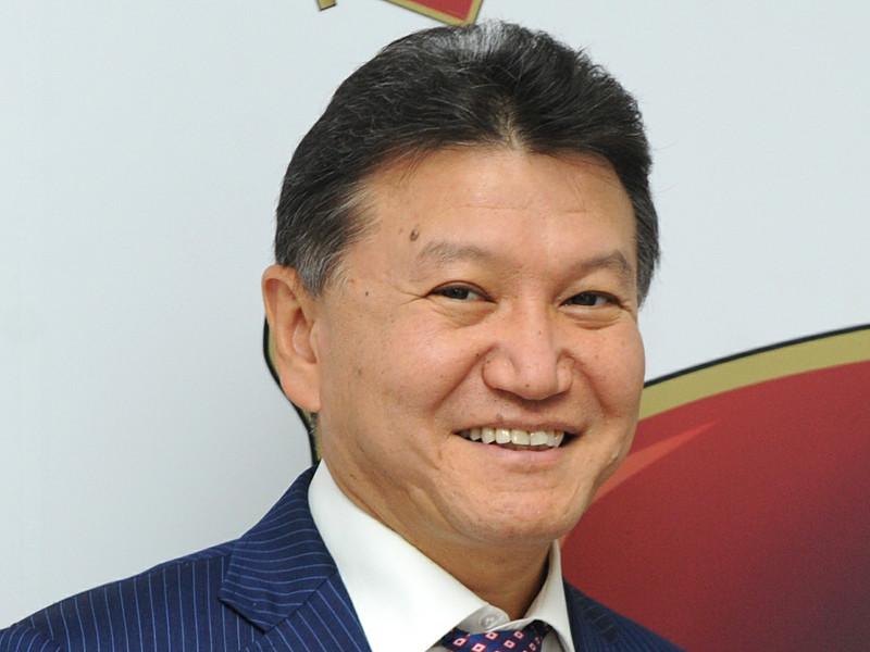 Президент Международной федерации шахмат (ФИДЕ) Кирсан Илюмжинов заявил, что не уходил с поста главы организации - его хотели подставить американцы