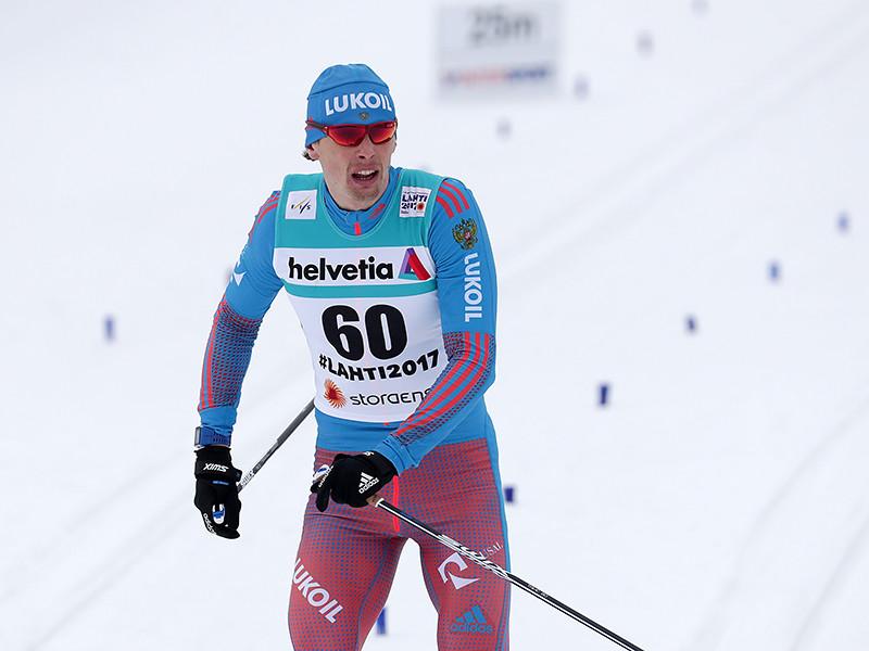 Россиянин Александр Бессмертных занял четвертое место в гонке на 15 километров классическим стилем на чемпионате мира по лыжным видам спорта, который проходит в эти дни в финском Лахти. Он уступил 41,8 секунды победителю гонки - финну Иво Нисканену