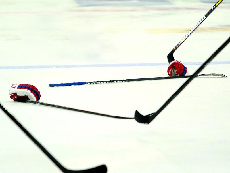 В ультиматуме мужской сборной США сообщается, что если требования дам не будут выполнены, игроки НХЛ также не выступят и на Олимпиаде в Пхенчхане, даже если лига их туда отпустит